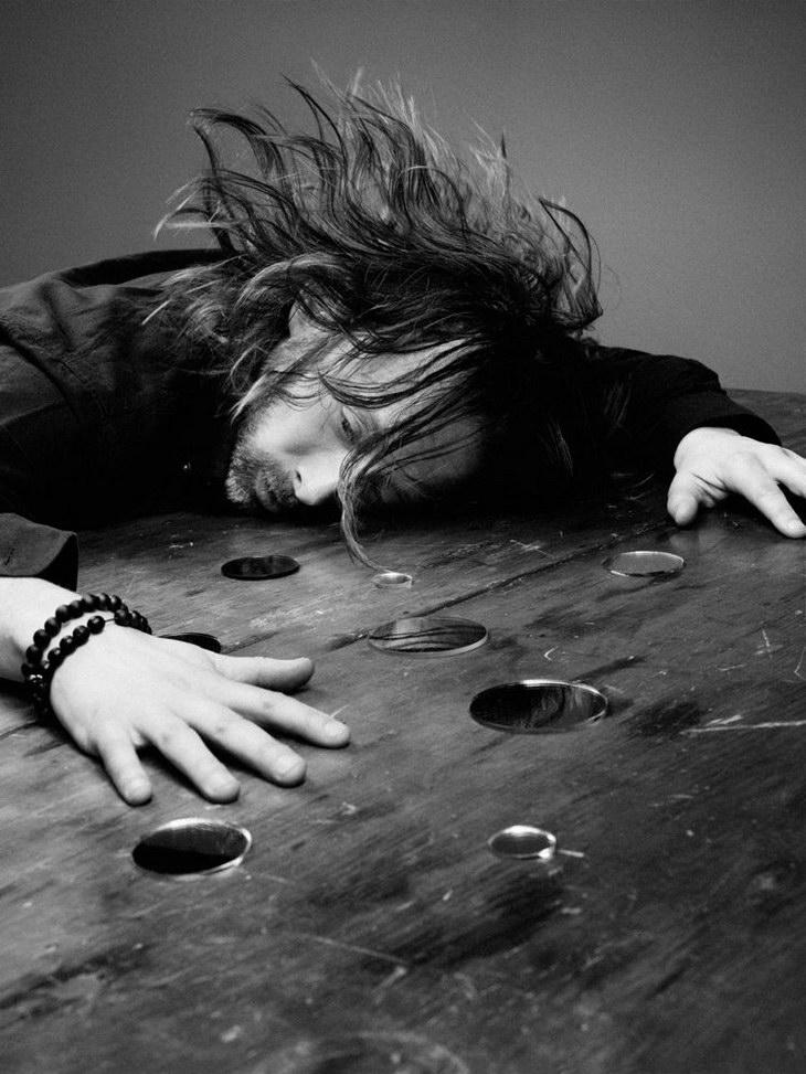 Thom-Yorke-Craig-McDean-Interview-Magazine-03