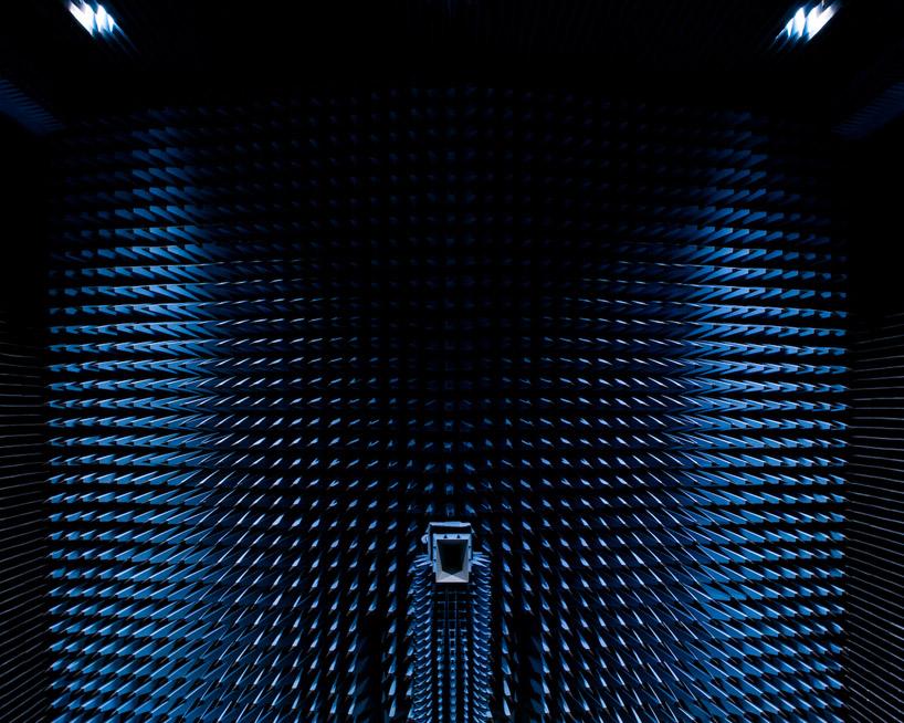 solar-anechoic-philip-alastair-designboom03