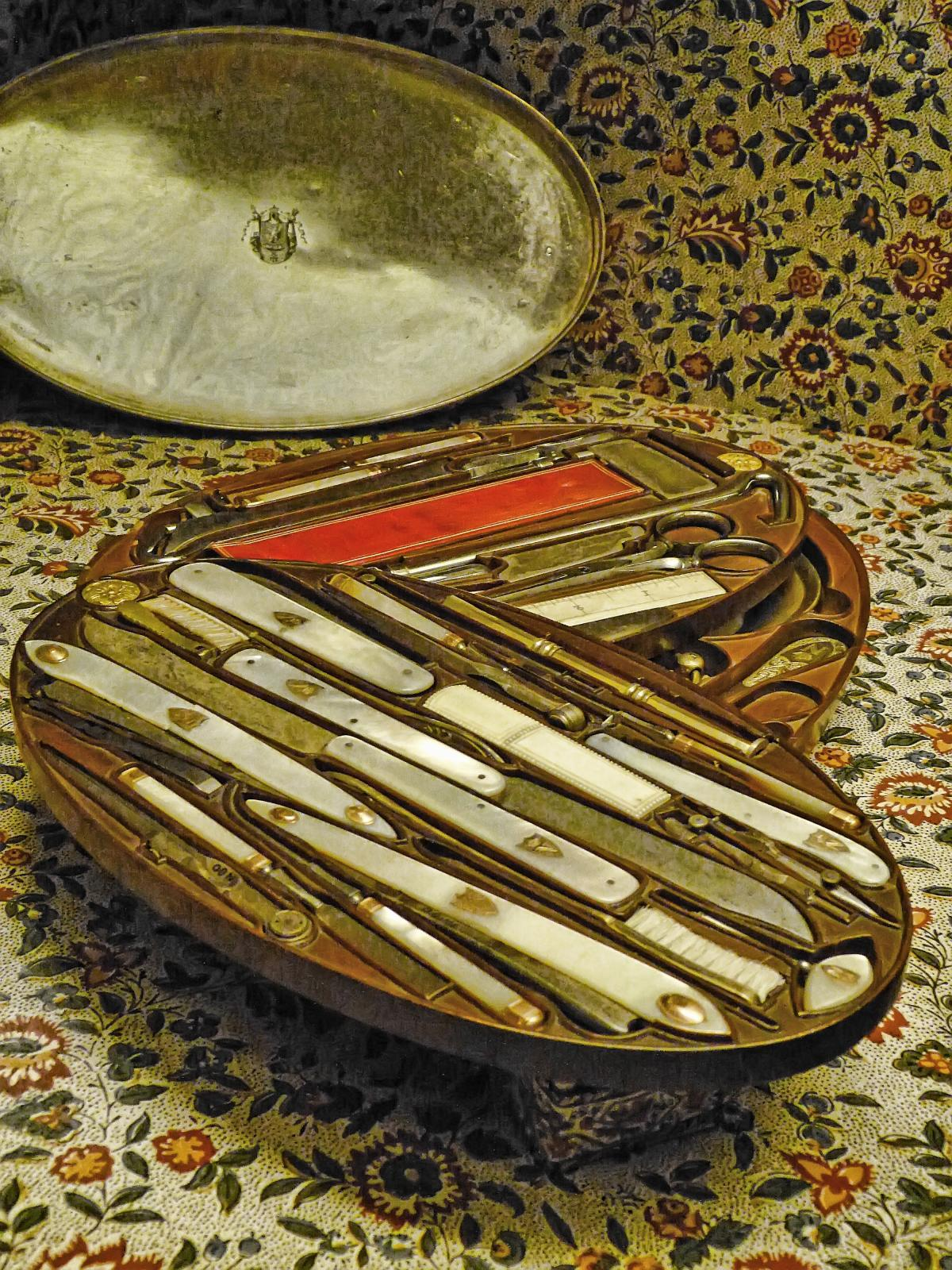 Napoleon's pearl-handled grooming kit with gold accents at Fontainebleau