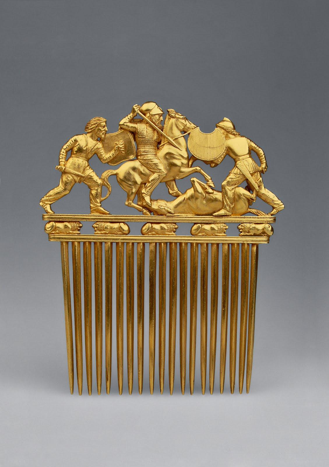 Scythian golden comb (5th century BC)